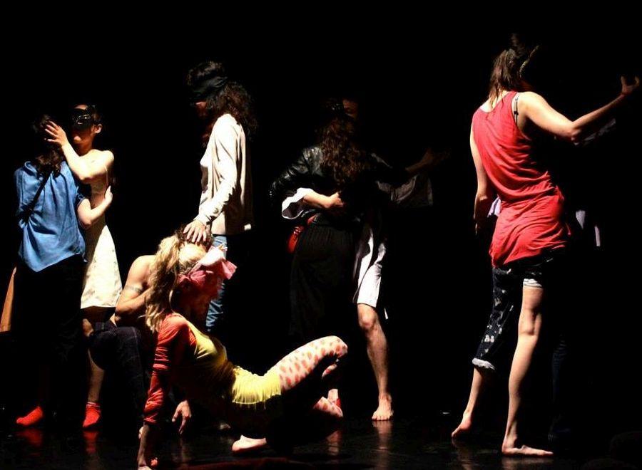 Corpuri, vise și dans contemporan