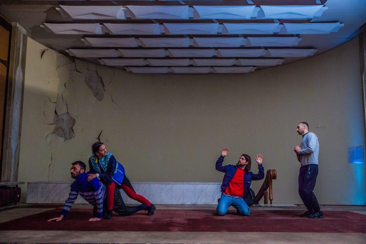 Cea mai nouă creație a Alexandrei Pirici are premiera la Düsseldorf