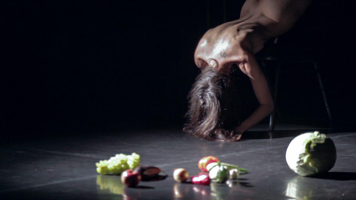 """""""Nud de femeie brunetă"""" de Andreea David participă la Festival del Silenzio din Milano"""