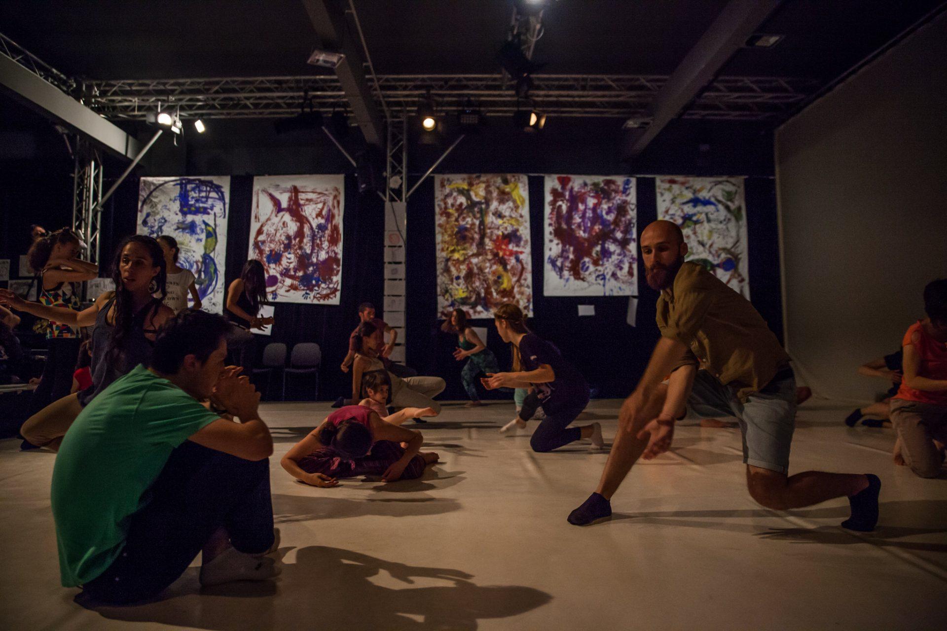 Prezentarea h.e.art - humans embodying art Awareness Through Movement ® in Education